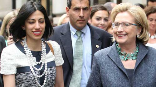 Anthony Weiner's former wife, Huma Abedin, a senior aide to Hillary Clinton (right). (AAP)