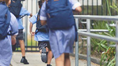 Bondi Public School 'shaming students' with school fee incentive