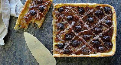 "Recipe:&nbsp;<a href=""http://kitchen.nine.com.au/2016/06/06/12/28/french-onion-tart"" target=""_top"">French onion tart</a>"