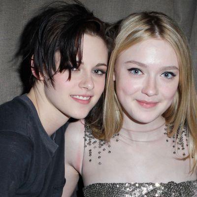 Kristen Stewart and Dakota Fanning