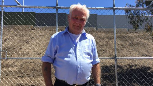 Whistle-blower Bert Russell said the contaminated material was laid in Aubin Grove in August and scraped off earlier this week. (AAP)