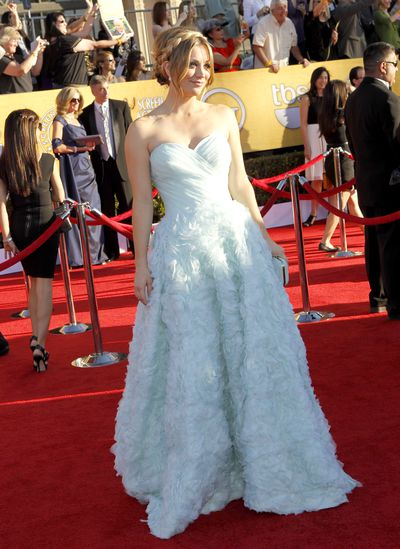 Kaley Cuoco arrives at the 18th Annual Screen Actors Guild Awards held at The Shrine Auditorium on January 29, 2012