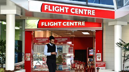 Flight Centre forced to pay $252k fine after 'misleading' advertisements