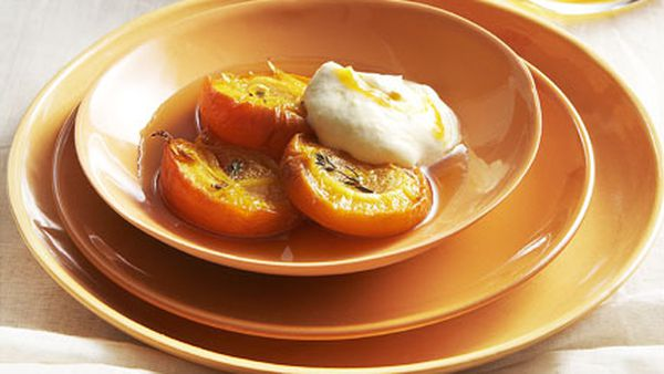 Roast apricots with apricot fool