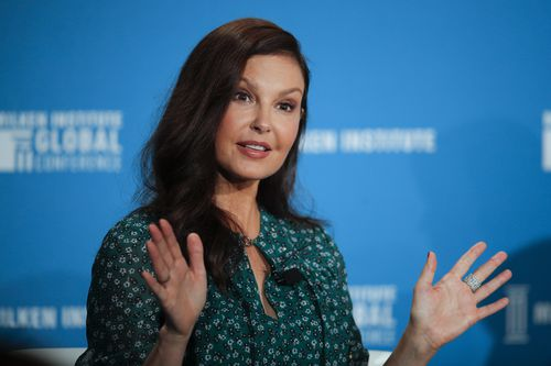 Actress Ashley Judd is suing Harvey Weinstein for hurting her career in retaliation for rejecting his advances. (AAP)