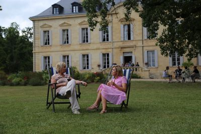 Sundowners on the lawn of Chateau Siaurac.