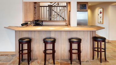 How to build your own bar