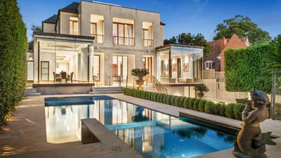 <strong>Shannon Bennett and Madeleine West's new Toorak mansion</strong>