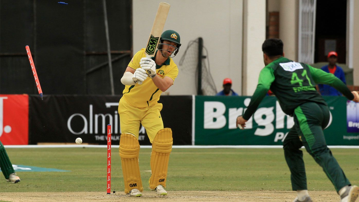 Australia fall to Pakistan