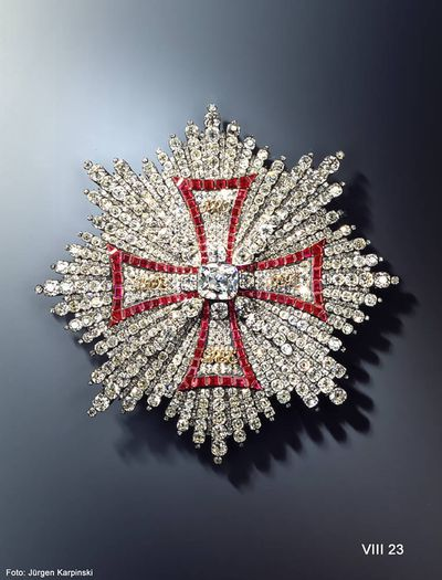Order of the White Eagle breast star