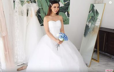 Australian influencer Tina Yong tries on budget wedding dresses from Wish