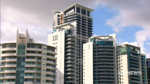 The price of units has not changed over a year with an average rent of $300. (9NEWS)