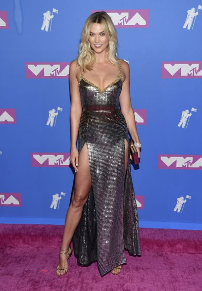 Karlie Kloss arrives at the MTV Video Music Awards at Radio City Music Hall on Monday, Aug. 20, 2018, in New York.