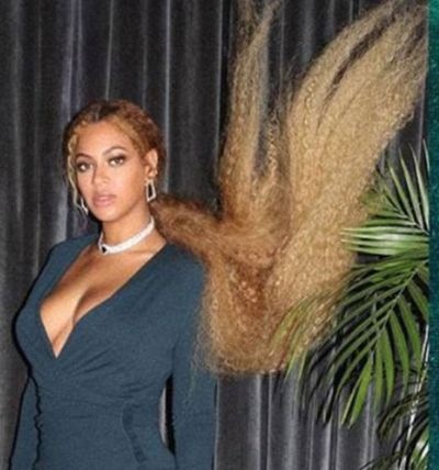 Beyonce taking her crimped style to the next level in December, 2017