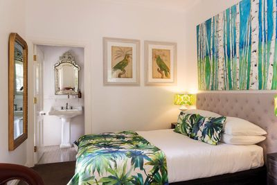 <strong>Abelia House Bed and Breakfast, Byron Bay</strong>