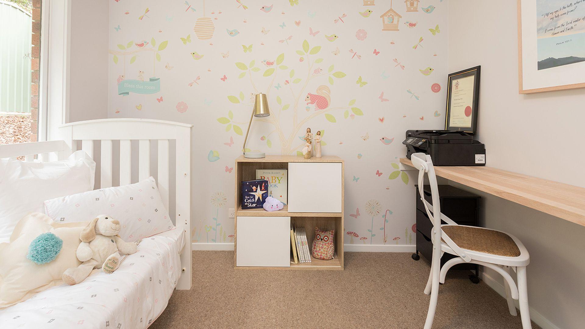 Girls second bedroom - After