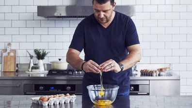 Celebrity chef Manu Feildel's perfect scrambled egg trick