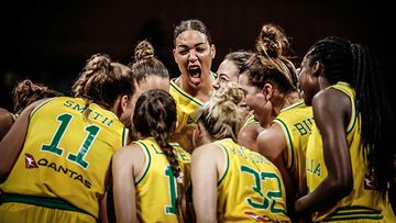 Liz Cambage with other members of the Opals.