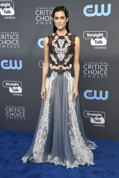 Girls star Allison Williams at the 2018 Critics Choice Awards