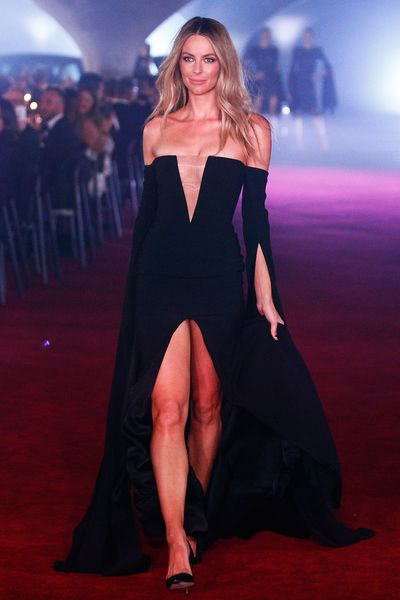 Jennifer Hawkins in Alex Perry. Myer Autumn/Winter 2017.