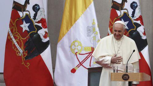 Pope defends bishop in sex abuse scandal