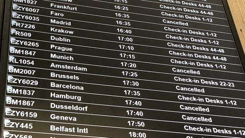 Hundreds of passengers throughout Europe have been stranded by the abrupt collapse of the British regional airline Flybmi.