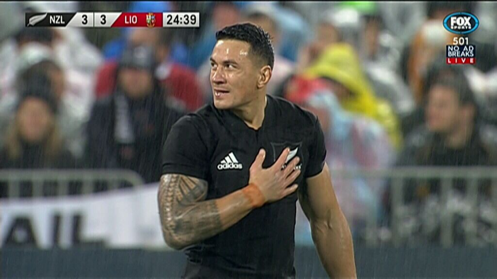 Sonny Bill gets red card