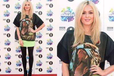 Grrr! UK TV presenter Fearne Cotton got a little wild at the awards.