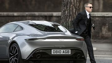 Daniel Craig says he would rather slash his wrists than do another James Bond film