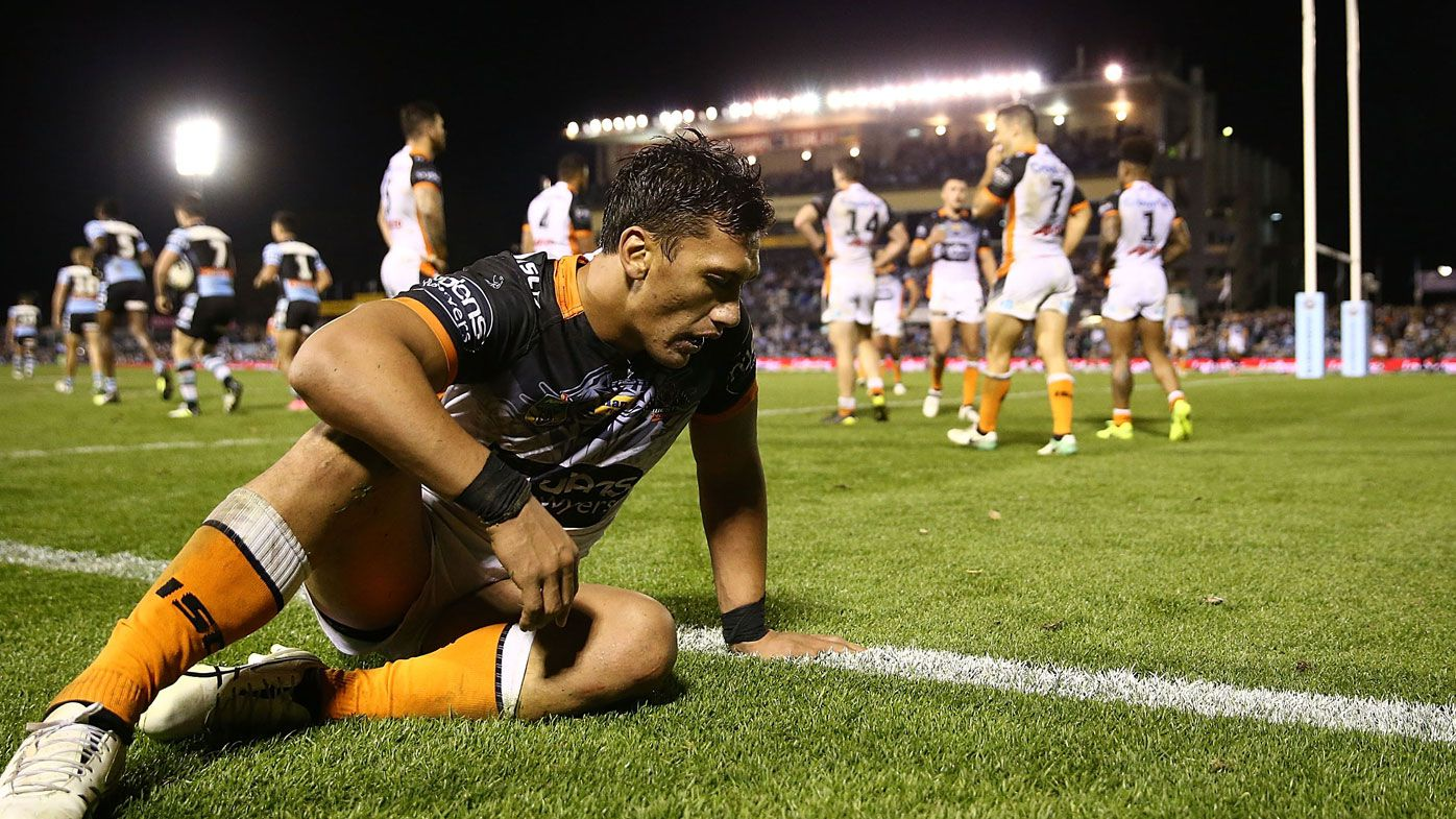 Wests Tigers show eight players the door as Madge's roster overhaul begins