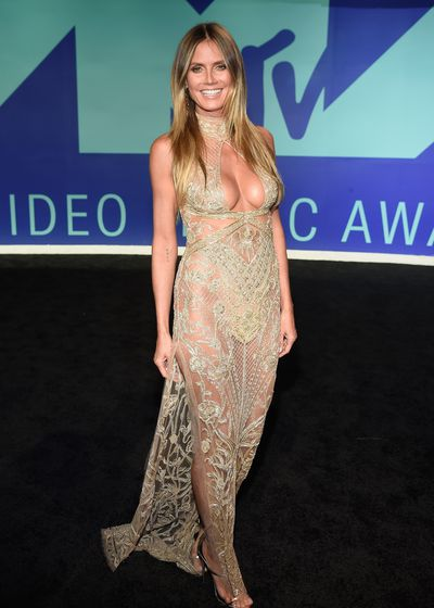 Heidi Klum in Dundas at the 2017 MTV VMAs in LA, August 27.