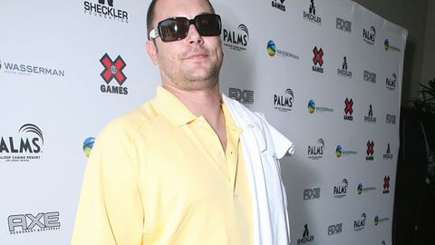 Kevin Federline wants his kids to work at McDonalds