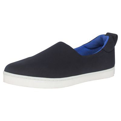 """<p><a href=""""http://www.target.com.au/dionlee"""" target=""""_blank"""">Shoes, $49</a></p>"""