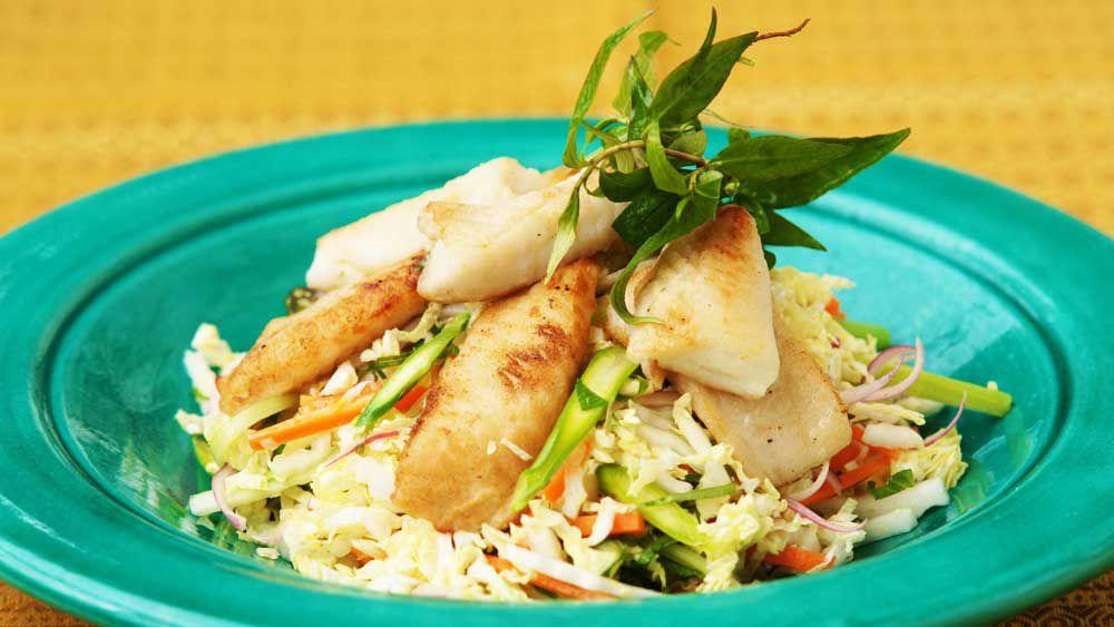 Yellowfin bream with Vietnamese salad