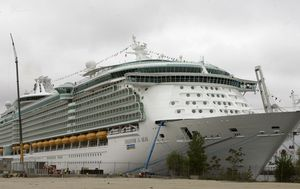 Cruise ship rivals team up for post-COVID comeback