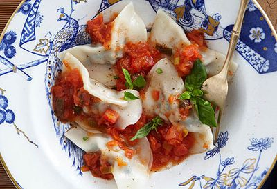 "Recipe: <a href=""/recipes/ipork/8350034/pork-and-veal-ravioli"" target=""_top"">Pork and veal ravioli</a>"