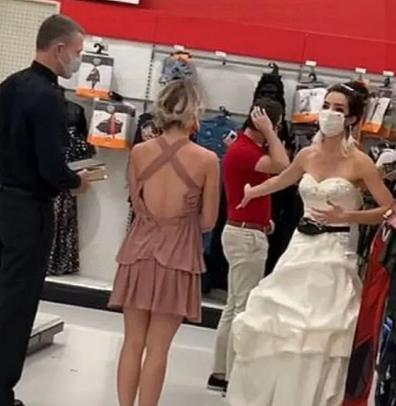 Bride confronts fiance Target US