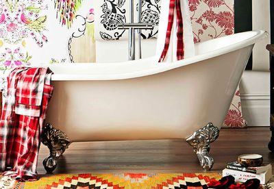 Traditional tub