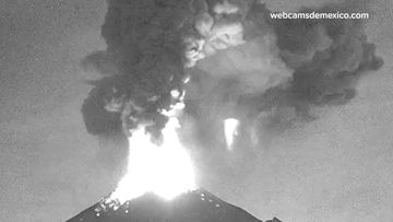 Mexican volcano erupts spouting massive plume of ash
