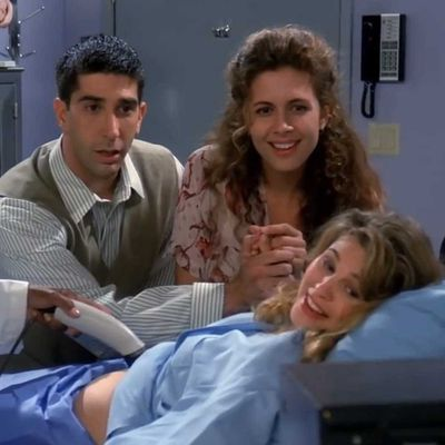 2. 'The One with the Sonogram at the End' (Season 1, Episode 2)