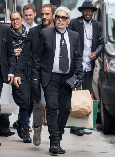 "<p>""They are fat mummies sitting with their bags of crisps in front of the television, saying that thin models are ugly"".</p> <p><strong>Karl Lagerfeld</strong> on skinny models.</p>"