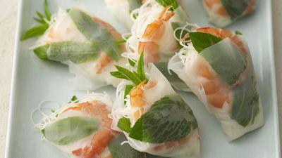 "<a href=""http://kitchen.nine.com.au/2016/05/19/12/02/vietnamese-prawn-cones"" target=""_top"">Vietnamese prawn cones</a>"