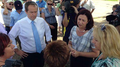 Opposition Leader Bill Shorten and Queensland Labor leader Annastacia Palaszczuk speak with constituents. (AAP)