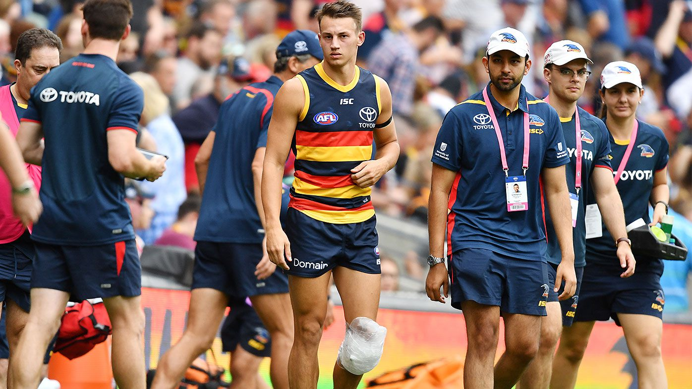 Adelaide star Tom Doedee suffers suspected ACL tear in opening half