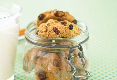Coconut fruit cookies