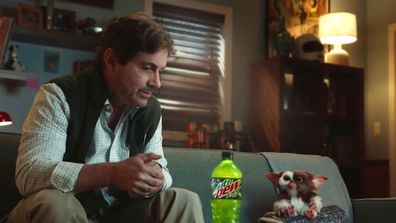 Gremlins star Zach Galligan and Gizmo reunite for Mountain Dew commercial
