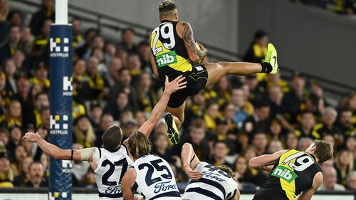 Shai Bolton of the Tigers marks during the round eight AFL match between the Richmond Tigers and the Geelong Cats at Melbourne Cricket Ground on May 07, 2021 in Melbourne, Australia. (Photo by Quinn Rooney/Getty Images)