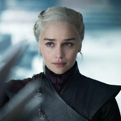 Emilia Clarke (Daenerys Targeryen)