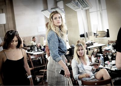 <p>Doutzen Kroes hanging out backstage.</p>