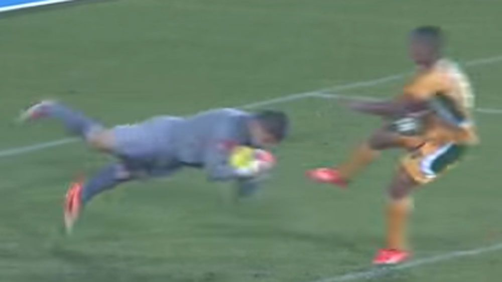Keeper's cheap trick earns rival a yellow card